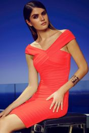 Levné červené krátké šaty s překřížením
