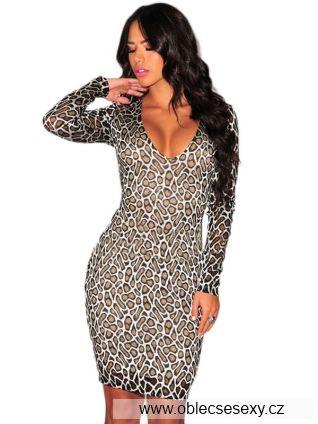 Přiléhavé šaty se zvířecím vzorem