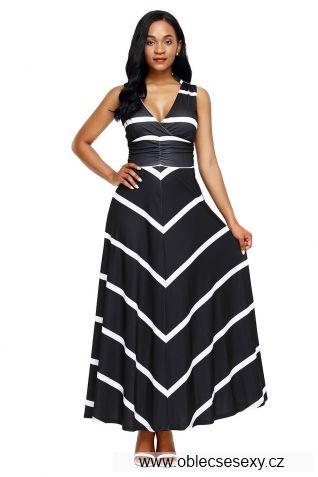 Černé dlouhé šaty s pruhy