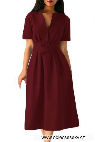 Bordó šaty střední délky