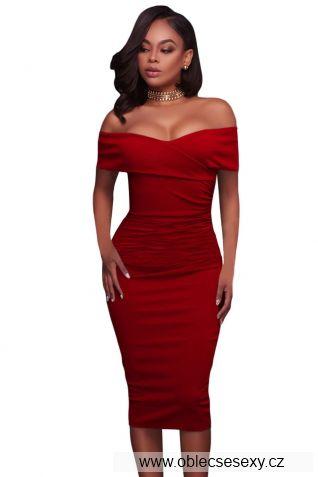 Červené středně dlouhé šaty bez rukávů