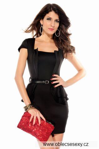 Koktejlové šaty barvy černé