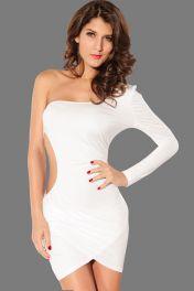 Sexy a odvážné bílé mini šaty