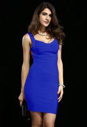 Modré bandage šaty s holými zády Yvet