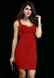 Červené bandage šaty s holými zády Yvet